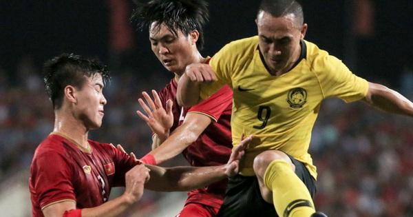 Bị chê mặt sân xấu, Malaysia đầu tư hơn 50 tỷ đồng để ''chơi sòng phẳng'' với Việt Nam tại vòng loại World Cup