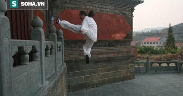 Đạo sĩ Võ Đang bị tố ''bịp bợm'' sau màn khinh công nhảy lên bức tường cao 4 mét
