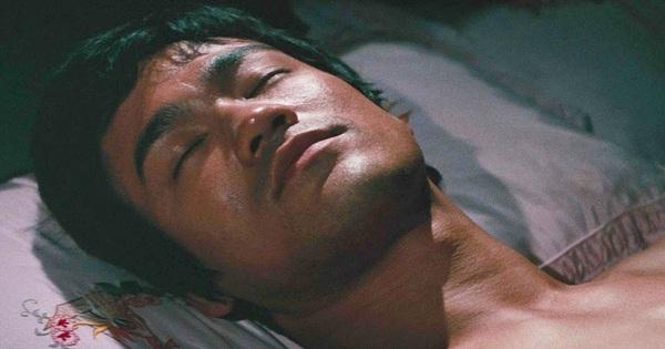 Vén màn bí mật cái chết Lý Tiểu Long và thực hư về cú điểm huyệt hẹn giờ chết