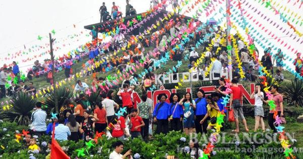 Lạng Sơn: Phát động Chương trình ''Người Việt Nam đi du lịch Việt Nam''