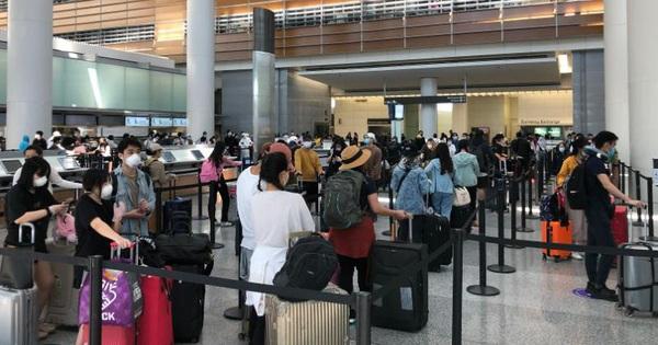Công dân Việt từ Mỹ đã về nước