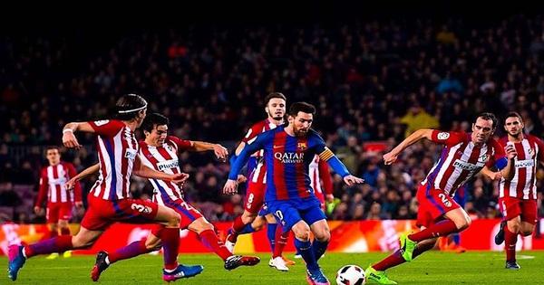 Cơn ác mộng của 5 hậu vệ huyền thoại khi đối đầu với Messi