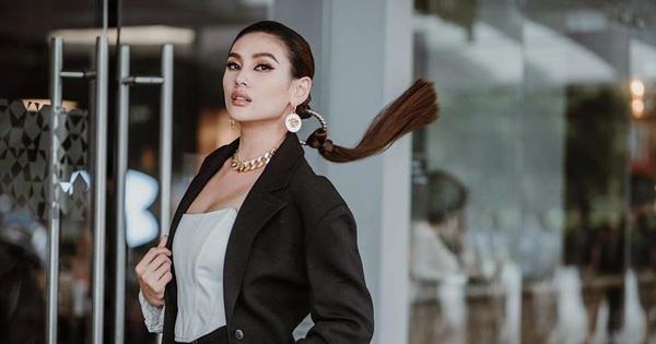 Siêu mẫu Võ Hoàng Yến tuyên bố ''sẽ block hết fan''