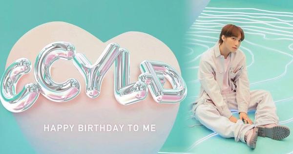 Đúng 0h: Sơn Tùng M-TP chúc mừng sinh nhật ''tuổi 18'' của mình, nghẹn ngào với lý do ''đặc biệt'' lần đầu tiên có trong đời
