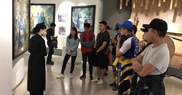 Tổ chức Kỷ niệm 60 năm Ngày truyền thống Ngành Du lịch Việt Nam và Phát động Cuộc thi ''Check in Cao Bằng''