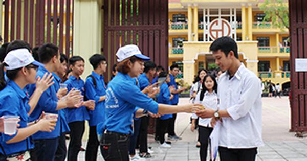 ''Tiếp sức mùa thi'' hỗ trợ tích cực cho phụ huynh và thí sinh trong ''mùa thi'' năm 2020