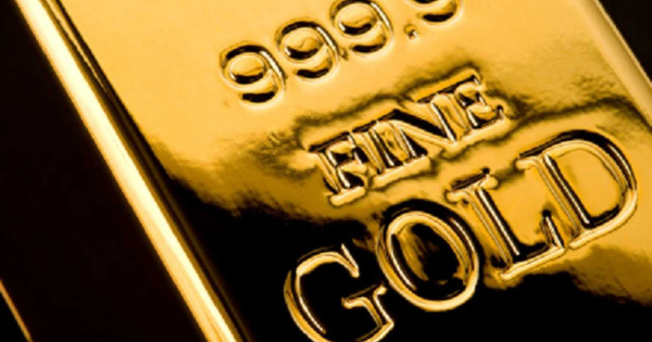 Tại sao giá vàng phá vỡ ngưỡng 2.000 USD/ounce?