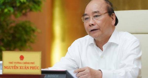Thủ tướng: Tiếp tục mở đường bay quốc tế có kiểm soát,...