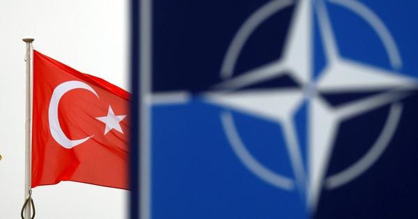 Đông Địa Trung Hải: NATO nóng lên trong tình hình mới hối thúc ''toan tính'' từ Mỹ