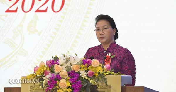 Chủ tịch Quốc hội: Tránh sự dập khuôn, cứng nhắc trong triển khai phong trào thi đua yêu nước