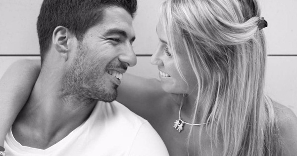 Luis Suarez rời Barcelona, nơi lưu giữ kỷ niệm về mối tình tuổi teen đẹp như mơ