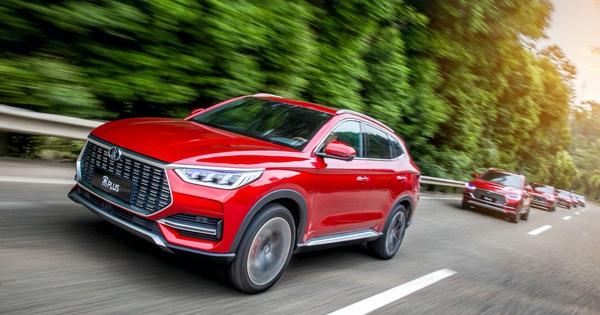 BYD Song Plus - SUV Trung Quốc giống Audi, nội thất nghiêng, giá rẻ như xe phổ thông