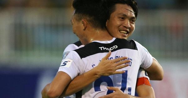 Vòng 2 V-League 2021: Nóng ở phố Núi