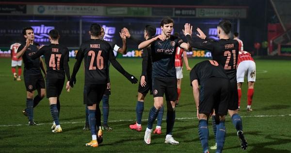 Man City thoát hiểm trước đội bóng ở giải hạng 4 Anh