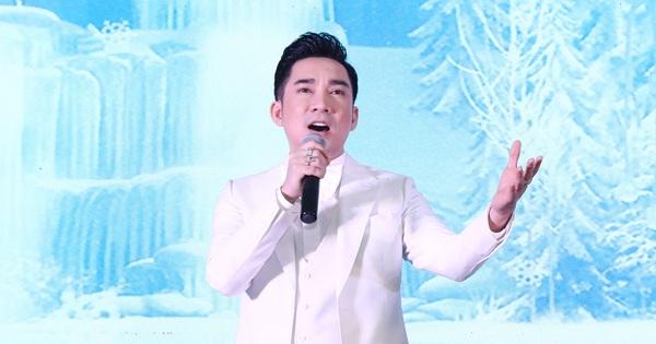 Quang Hà tổ chức show sự nghiệp ngay tại sân khấu bị cháy 2 năm trước