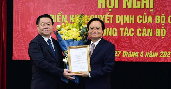 Bộ Chính trị bổ nhiệm ông Phùng Xuân Nhạ làm Phó trưởng Ban Tuyên giáo Trung ương