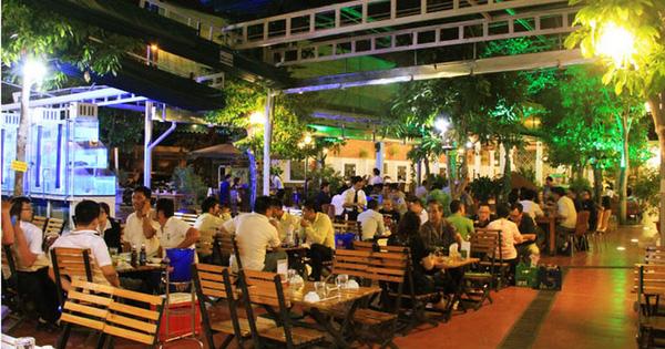 Hà Nội dừng mở cửa nhà hàng bia, quán bia, chợ cóc