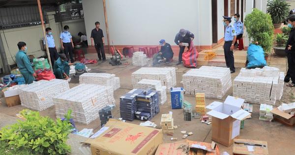 Tiêu hủy gần 9.000 đơn vị hàng hóa và hơn 25.000 bao thuốc lá điếu ngoại nhập lậu