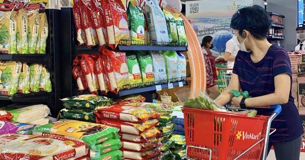 Hà Nội: Chia nhỏ các điểm tập kết, các điểm bán hàng để không làm đứt gãy nguồn cung thực phẩm