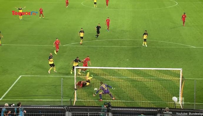 Covid-19 đe dọa khả năng trở lại của bóng đá Đức