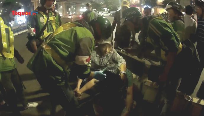 Biệt đội tài xế cứu hộ tai nạn giao thông trong đêm