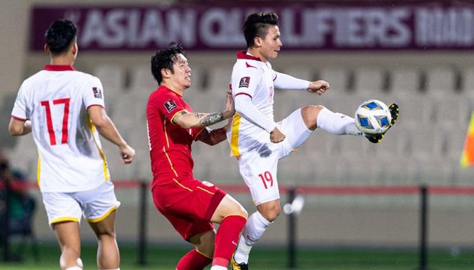 Đội tuyển Việt Nam bắt đầu hành trình mới tới Oman sau trận thua sát nút trước Trung Quốc