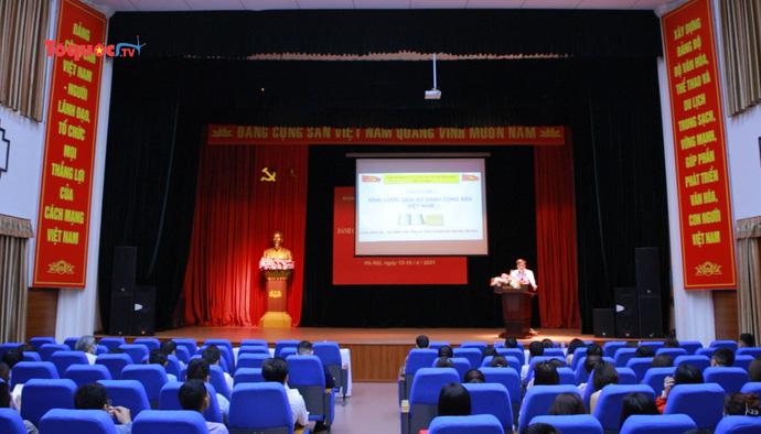Hơn 100 quần chúng ưu tú tham dự lớp bồi dưỡng đối tượng kết nạp Đảng năm 2021