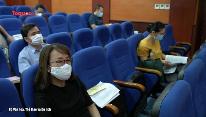 Đội ngũ văn nghệ sĩ, trí thức nghiên cứu, học tập, quán triệt Nghị quyết Đại hội XIII của Đảng
