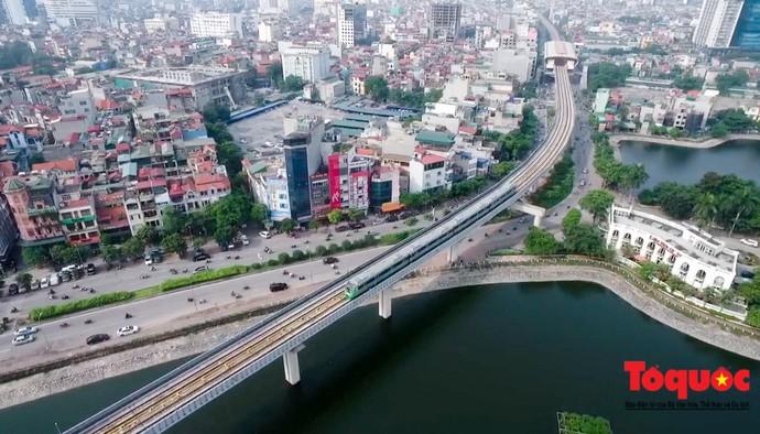 Clip: Hành trình chạy thử đoàn tàu đường sắt trên cao Cát Linh - Hà Đông
